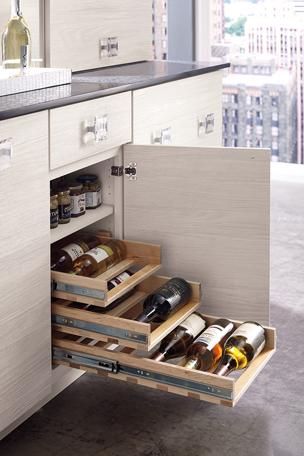 Base Wine Pull-Outs